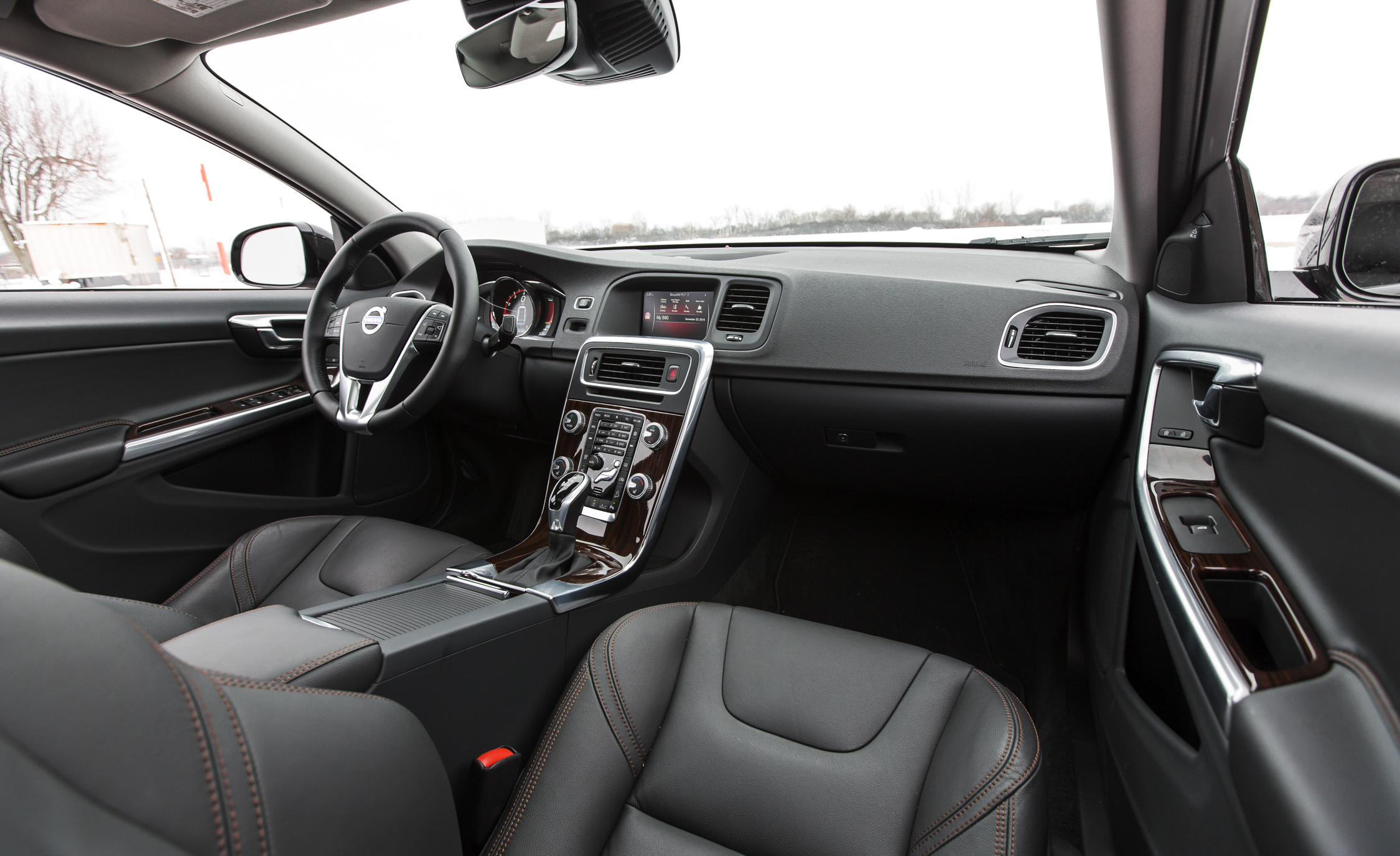 2016 Volvo S60 Cross Country Interior Dashboard
