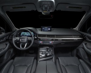 2017 Audi Q7 SUV Dashboard View