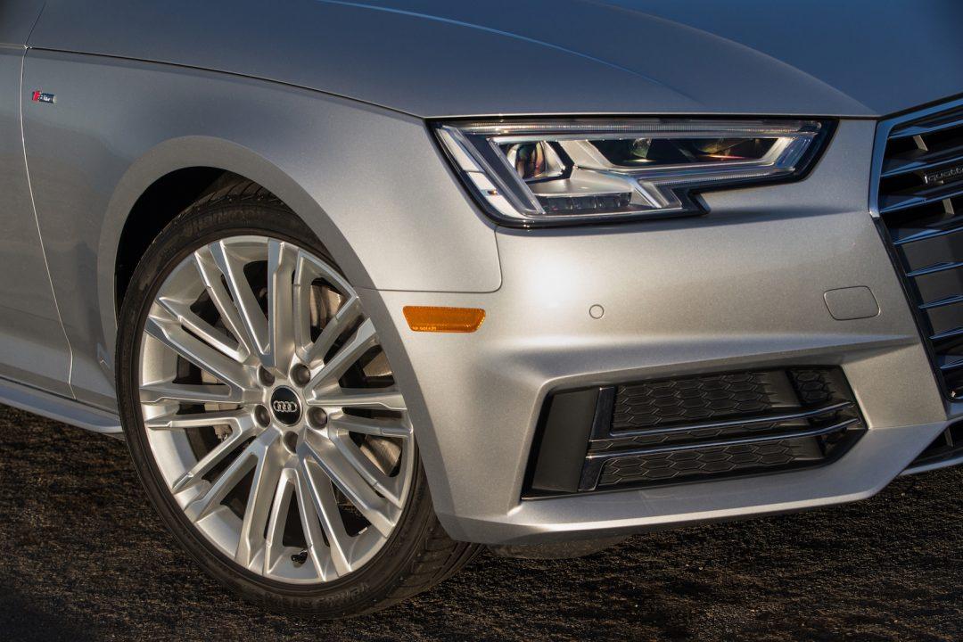 2017 Audi A4 Wheel View