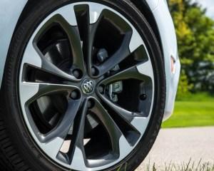 2017 Buick Cascada Wheels View