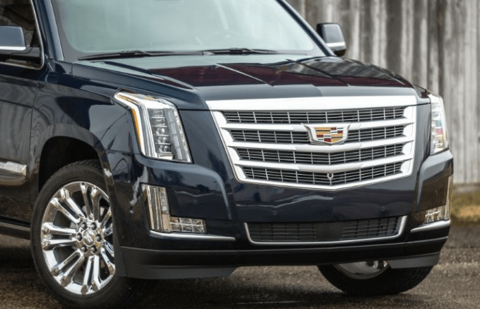2017 Cadillac Escalade Front Grille View