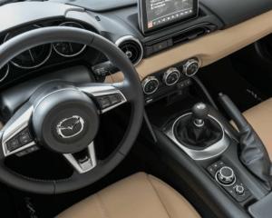 2017 Mazda MX-5 Miata Interior Steering View