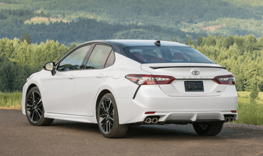 2018 Toyota Camry Rear Side View