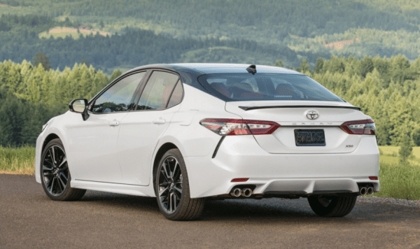 2018 Toyota Camry rear review