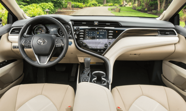 2018 Toyota Camry Dashboard review