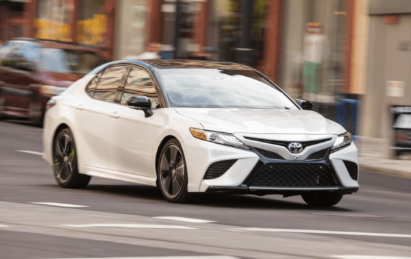 2018 Toyota Camry front review