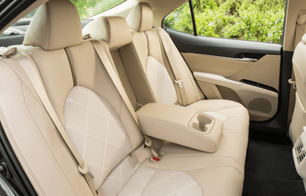 2018 Toyota Camry seats review