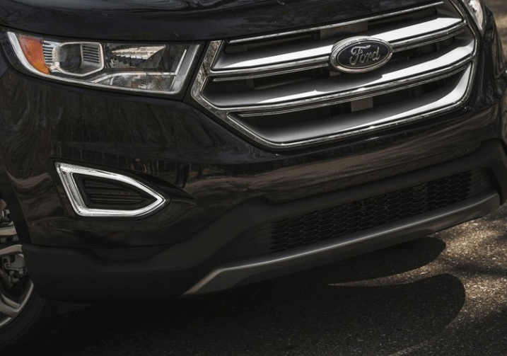 2017 Ford Edge Grille View