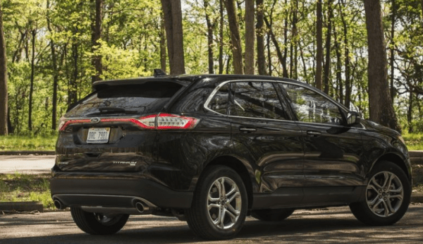 2017 Ford Edge rear review