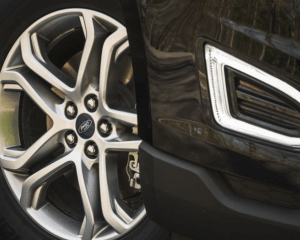 2017 Ford Edge Wheels View