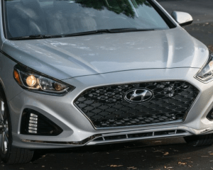 2018 Hyundai Sonata Front Headlights View
