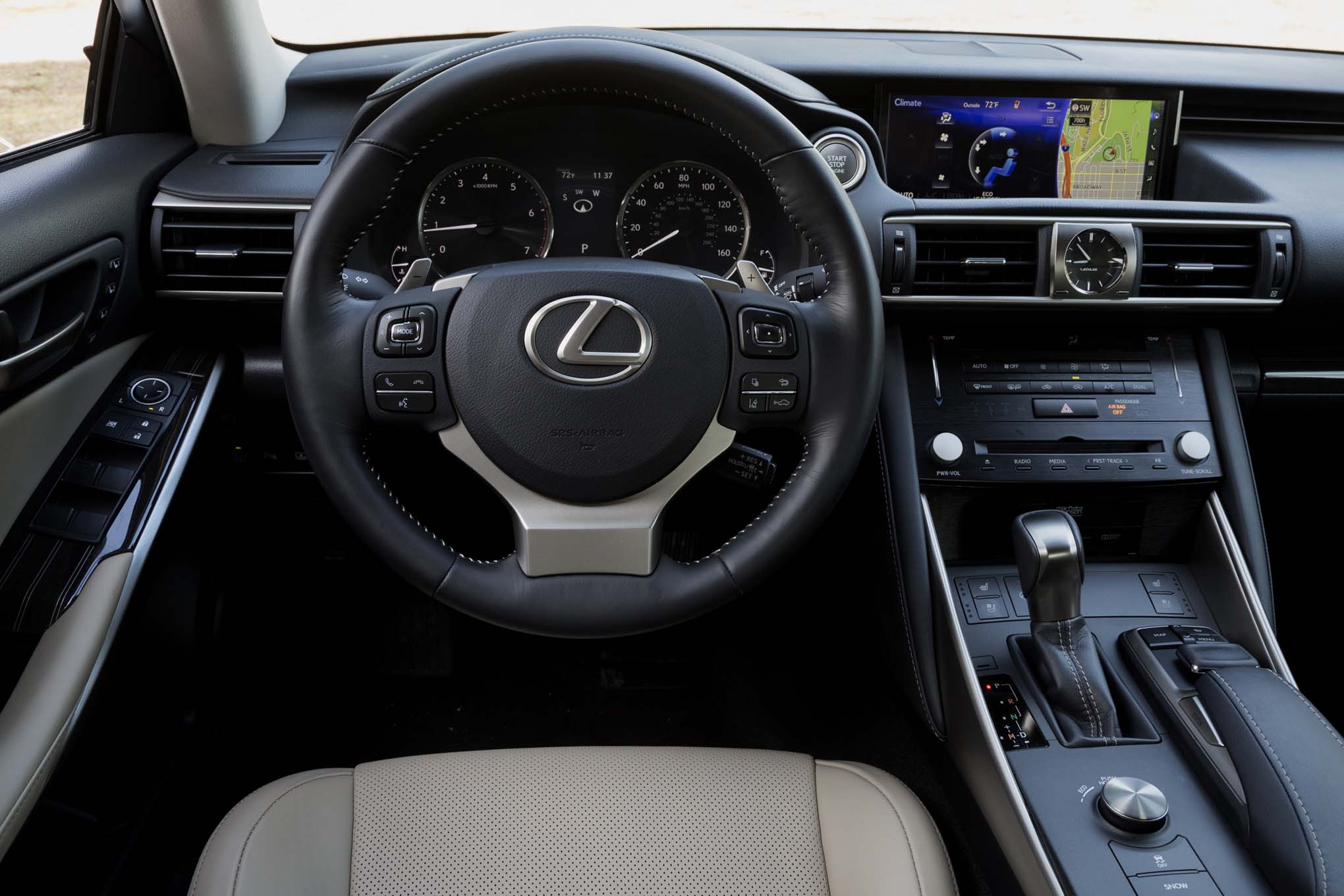 2017 Lexus IS Cockpit View