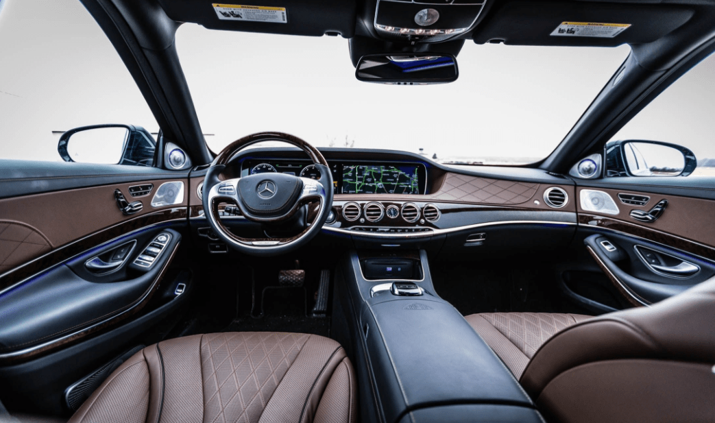 2017 Mercedes Maybach Dashboard