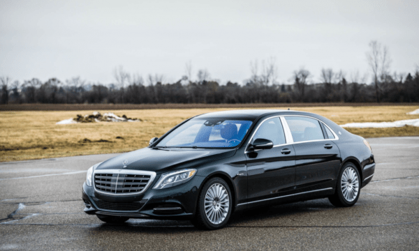2017 Mercedes-Maybach side review
