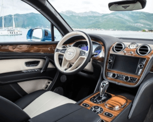 2018 Bentley Bentayga Dashboard View