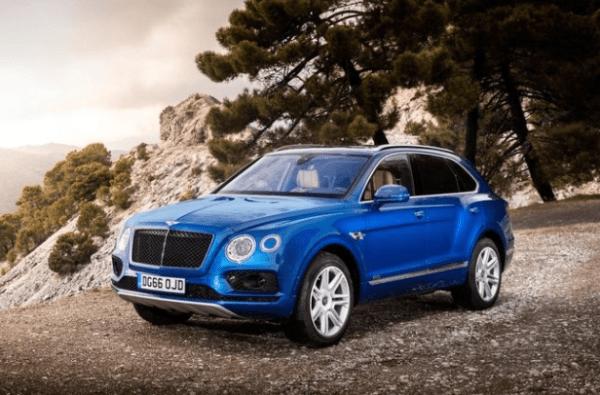 2018 Bentley Bentayga front review