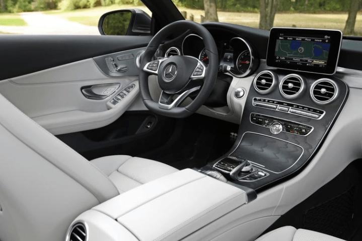 2018 Mercedes Benz Cabriolet Dashboard View