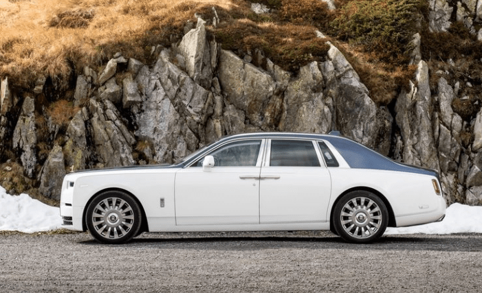 2018 Rolls Royce Phantom VIII Side View