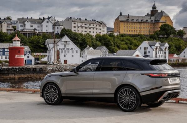 2018 Ranger Rover Velar side review
