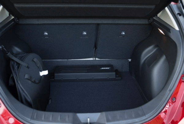 2018 Nissan Leaf cargo storage review