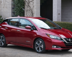 2018 Nissan Leaf Front View