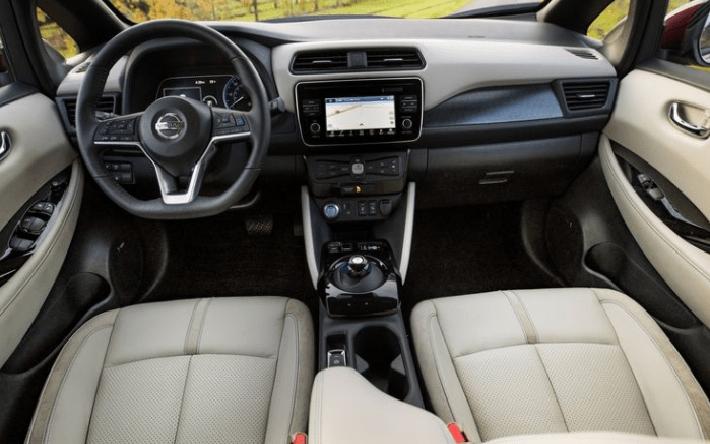 2018 Nissan Leaf steering review