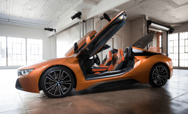 2019 BMW i8 side door review