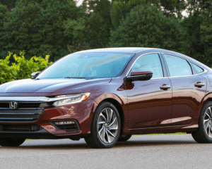 2019 Honda Insight Front Side View