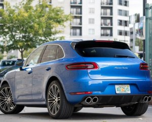 2018 Porsche Macan Turbo SUV Rear View