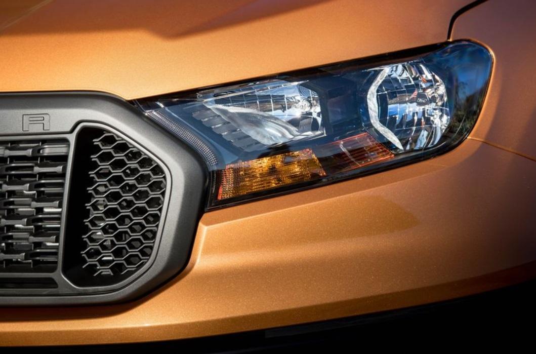 2019 Ford Ranger Headlight View