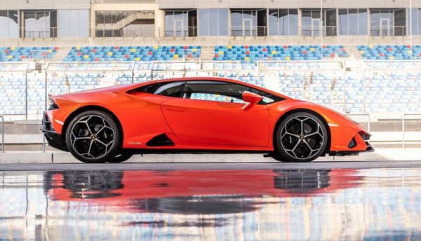 2020 Lamborghini huracan evo side review