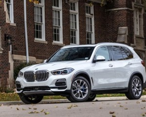 2019 BMW X5 Front View
