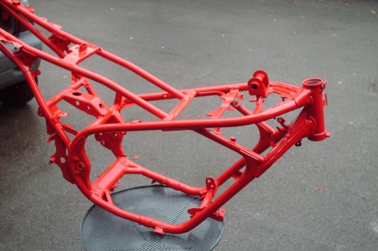 Moped-pulverbeschichtet