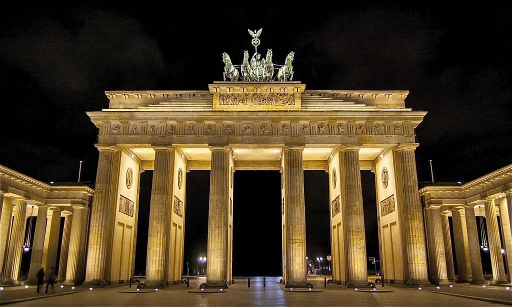 porte-brandebourg-berlin-nuit