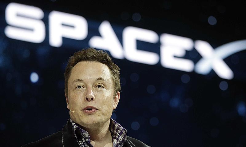 Elon_Musk_SpaceX