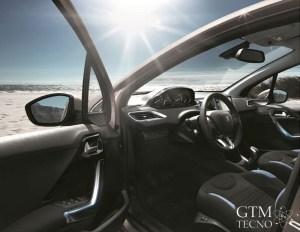 Peugeot-208-Allure-2016_interior