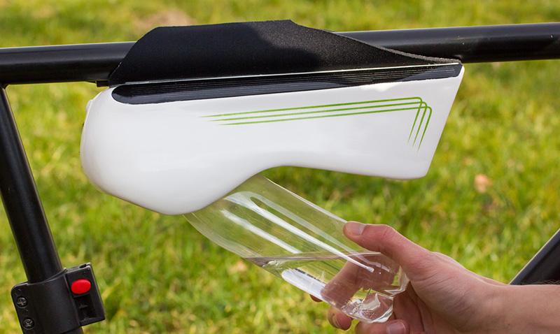Fontus, la botella que genera agua potable