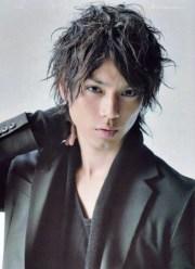 long hairstyles men - japanese