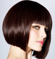 simple short straight hairstyles