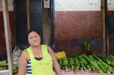 Julia, Hoja de bijao seller at Bélen Market, Iquitos