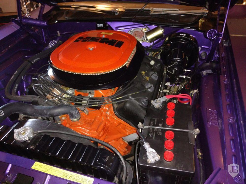 medium resolution of 1970 dodge challenger rt convertible engine hemi