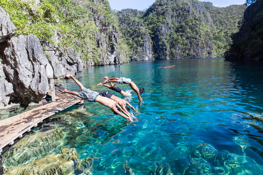 Coron Palawan Ultimate Full-Day Tour   With Picnic Buffet...