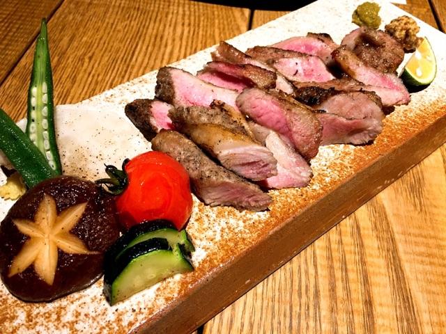ハコニワ:イベリコ豚中落ちカルビの炙り