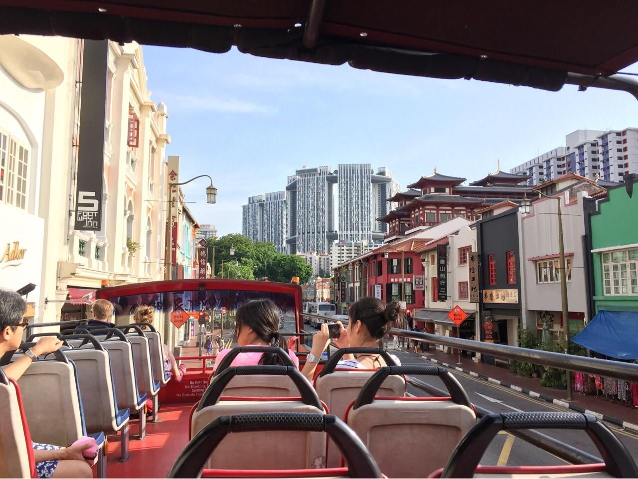シンガポール オープントップバス