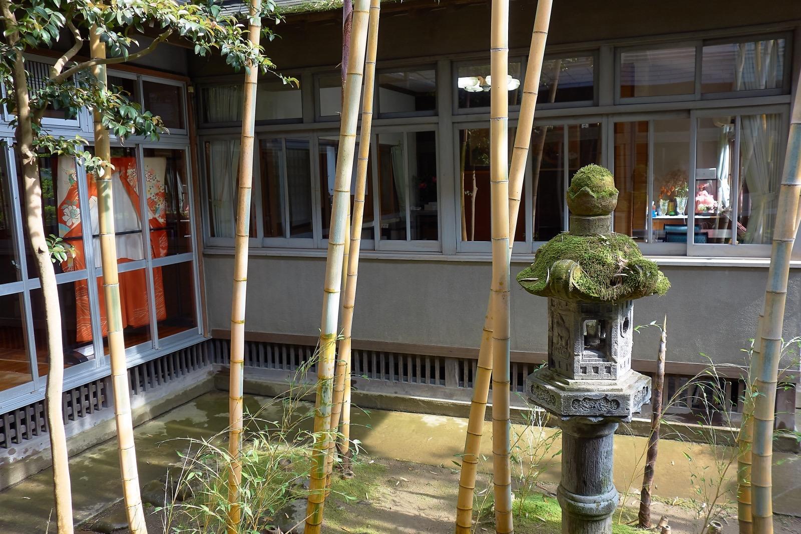 旅館芳野 庭園