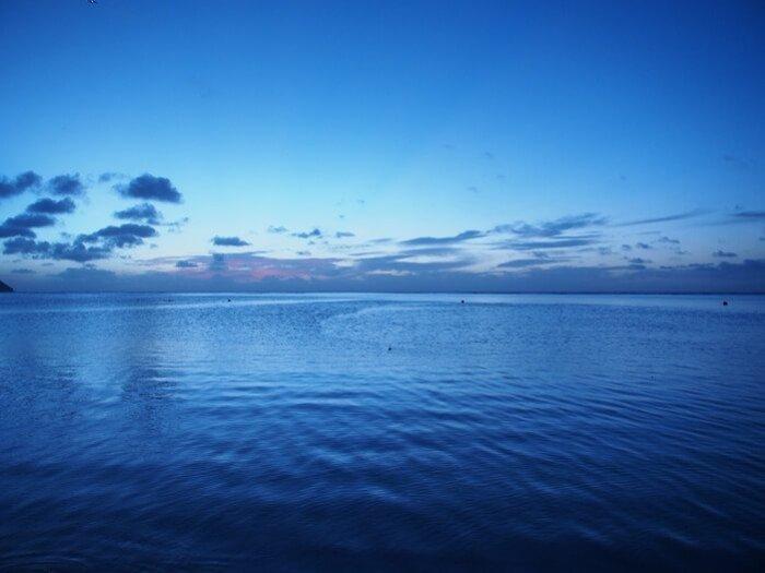 タモンの夕暮れの海