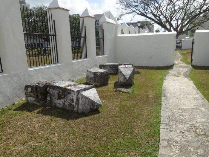 サンゴ石の廃材