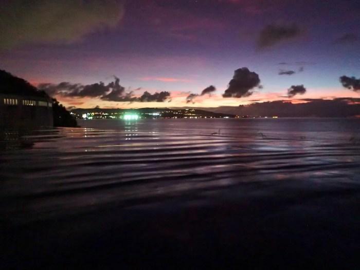 シェラトングアムのナイトプール
