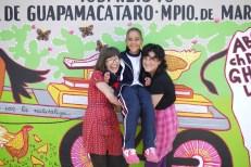 Emily CD (USA), little Itzel and Laura Ramirez (COLOMBIA)