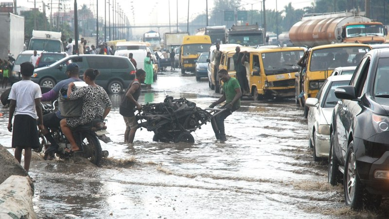 Lagosians, Motorists Laments As Lagos Roads Deteriorate More